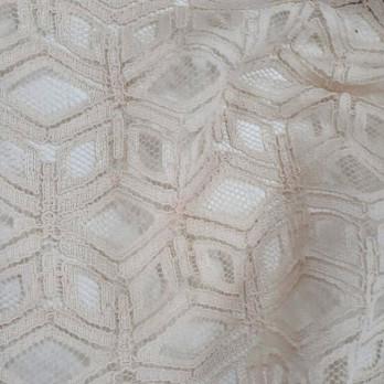 Renda Geometric Cloeh